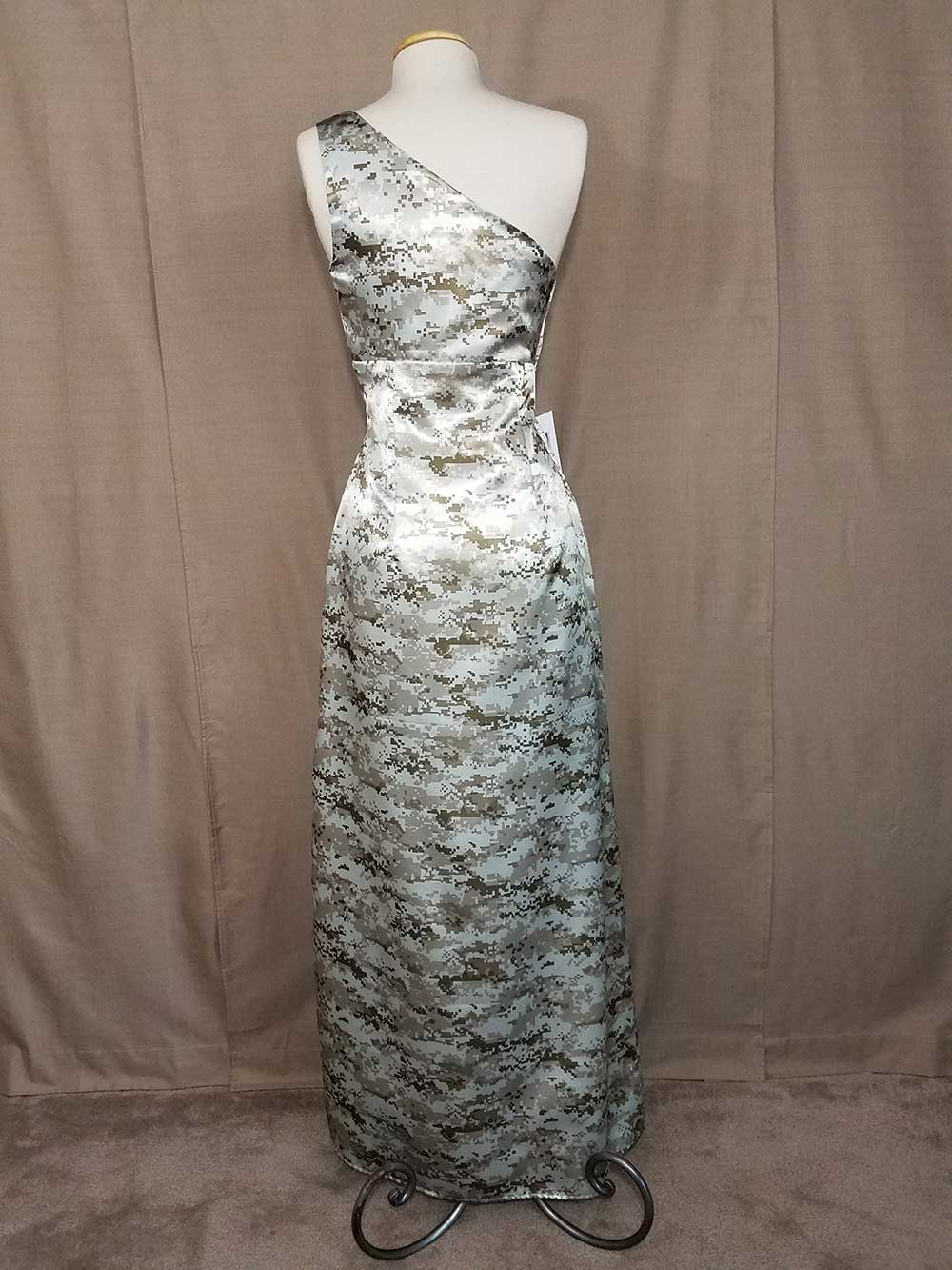 AE-33-IS-DDC-7 Shayla Full Back Camo Bridesmaid Dress (image)