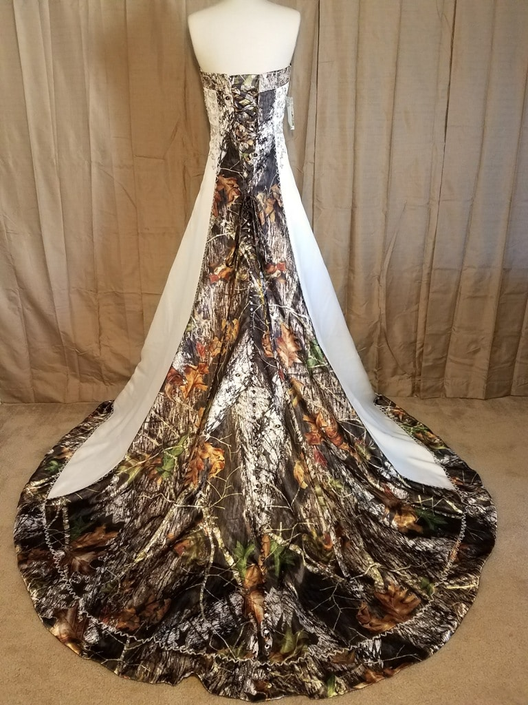 ATOC-0910 IS-MOBU I-16 Elizabeth Full Back Camo Gown (image)