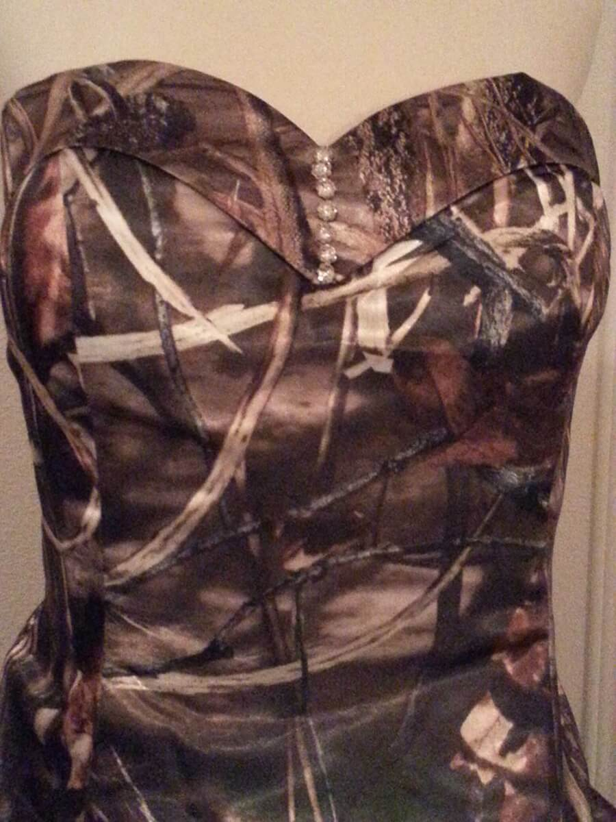 ATOC-32 Courtney Bodice Max4 Camo Gown (image)
